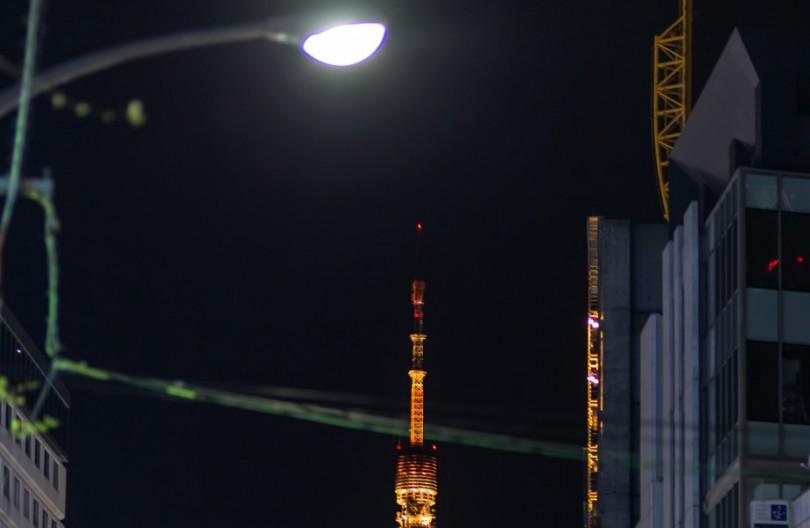 夜の街で考える