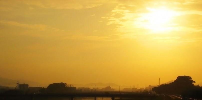 朔旦冬至の朝日