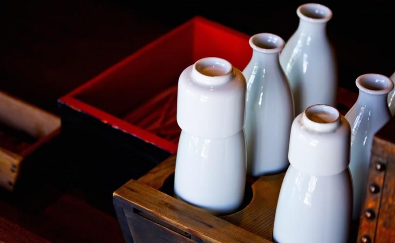 居酒屋の徳利-日本酒はこれで飲む