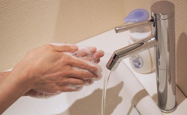 手洗い指洗い